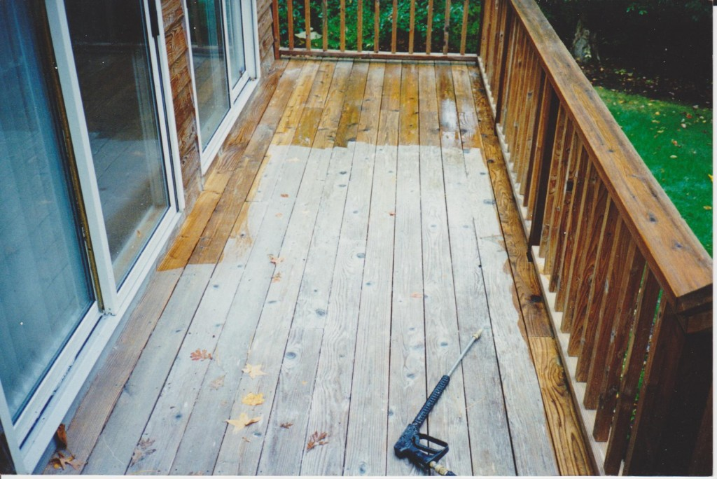 staining a deck for a beautiful finish