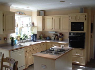 Kitchen Cabinet Painting contractor